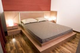 Mobilă dormitor/Paturi